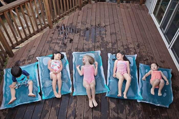 Море в доме: как сделать водяной матрас дома и устроить детям летнюю сказку