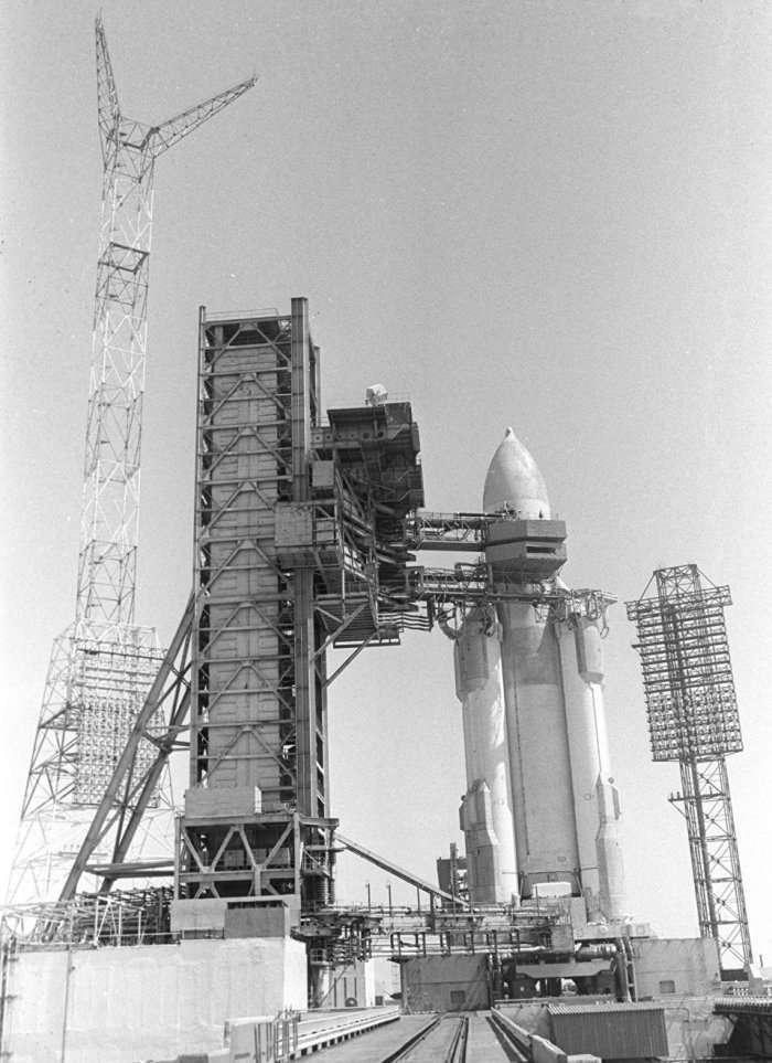 Почему Горбачев закрыл советский военный космос и что из этого вышло (4 фото)