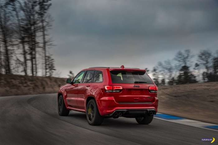 Jeep Grand Cherokee Trackhawk – к черту экономию!