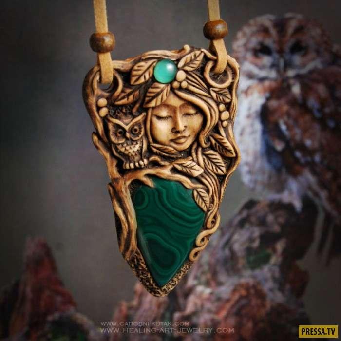 Необычные украшения на основе сказок (20 фото)