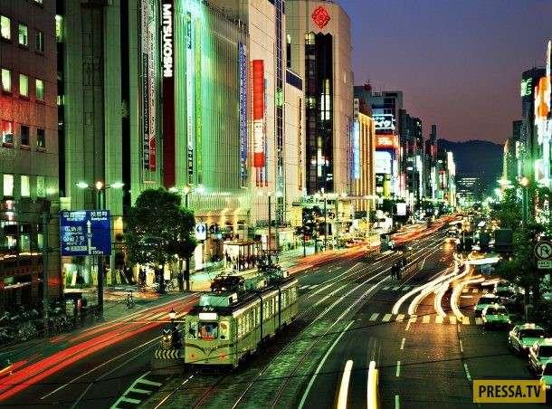Японский монстр-гигант Годзилла, это символ атомной бомбардировки Японии (11 фото)