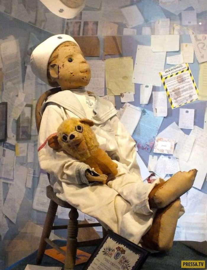 Эти жуткие куклы станут кошмаром для тех, кто страдает педиофобией! (15 фото)
