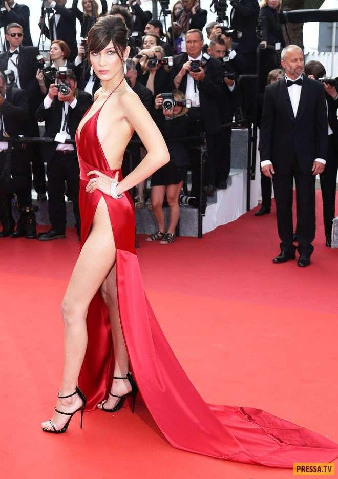 Такие -голые- платья звезд могут смутить даже красную дорожку! (20 фото)