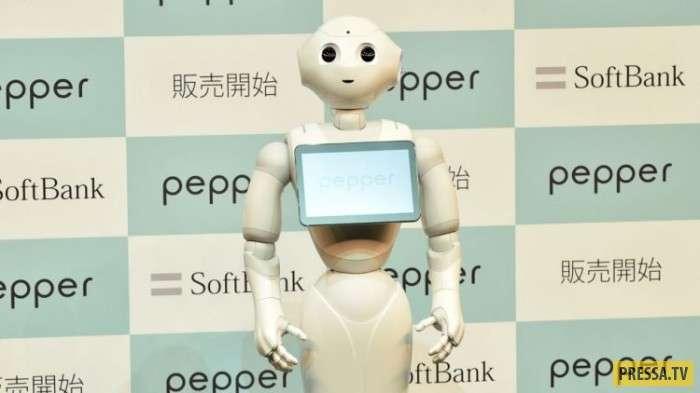 В Японии появились буддийские роботы для ритуальных услуг (4 фото)