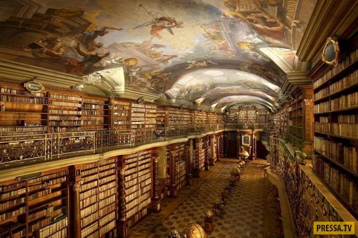 Самая красивая библиотека в мире (6 фото)