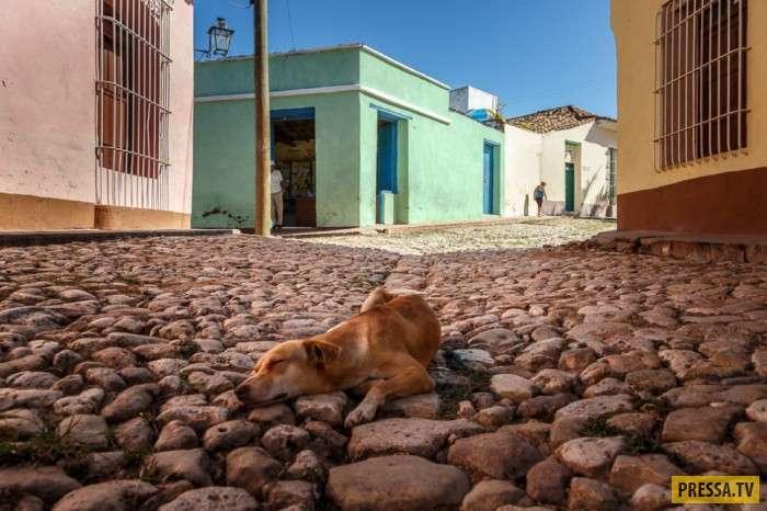 Повседневная жизнь жителей Тринидада - кубинского города-музея (10 фото)