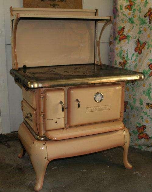 Старинные кухонные плиты (58 фото)