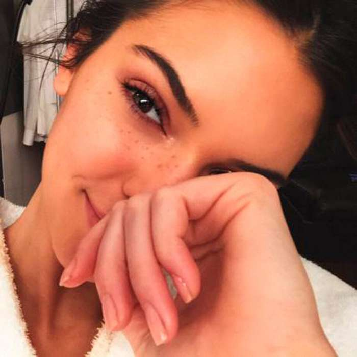 Девушки в инстаграме без макияжа