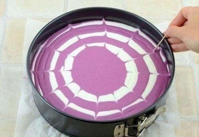 Двухцветный творожный торт -без выпечки--2 фото-