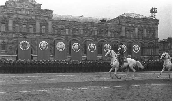 Интересные факты о Параде Победы 1945 года-1 фото-