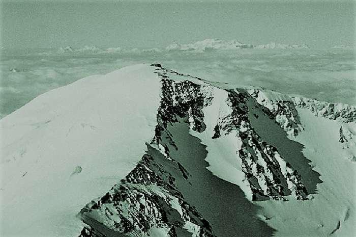 Покорить вершину и умереть-13 фото-