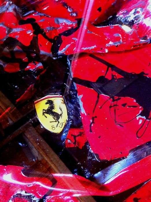 Столик из Ferrari-10 фото-