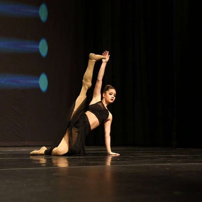 Даже с ампутированной ногой она исполнила свою мечту и стала… балериной!-15 фото-