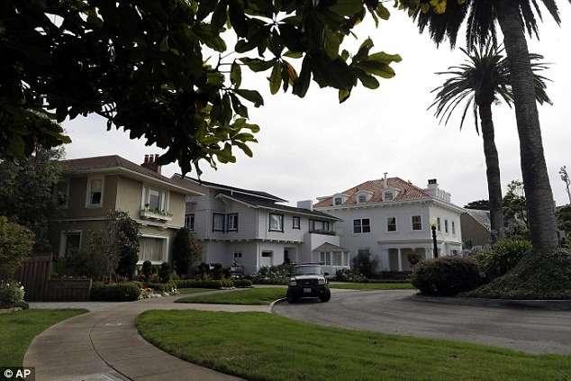 Предприимчивая пара купила улицу в Сан-Франциско с 38 домами за 90 тысяч долларов-8 фото-