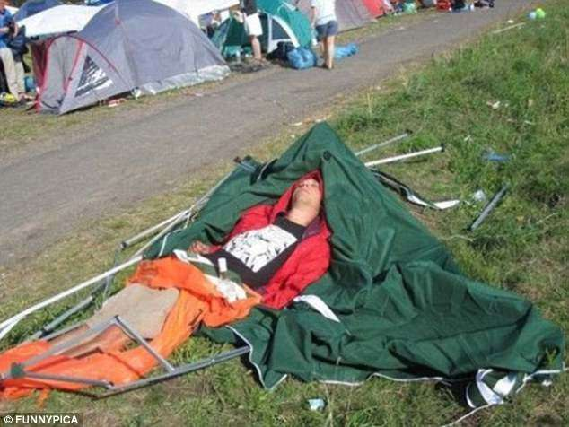 Проснулся на дереве: почему не стоит напиваться в походе и на вылазке-10 фото-
