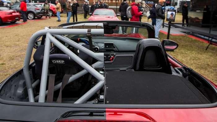 -Половинчатая- Mazda MX-5 Miata-15 фото-