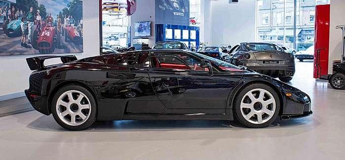 На продажу выставлен редкий Bugatti EB110 SS-17 фото-