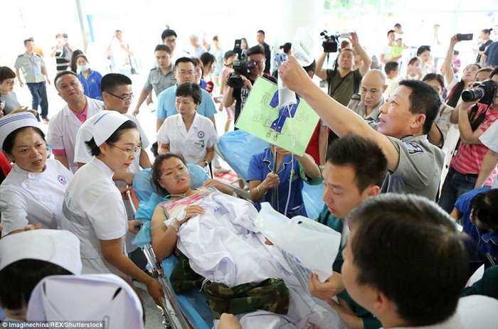 Землетрясение в Китае: снимки до и после-10 фото + 4 тянучки-