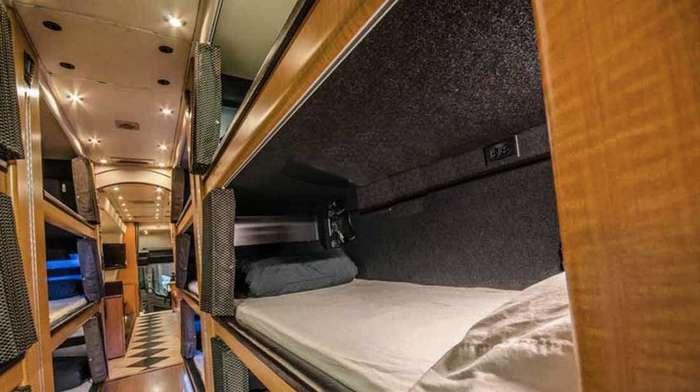 Вместо купе: американский -отель на колёсах--11 фото-