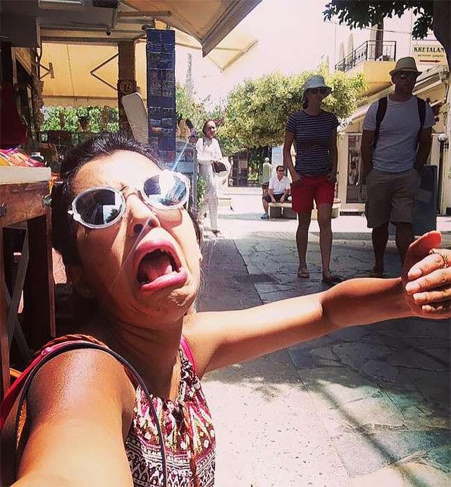 Девушка провела медовый месяц в Греции в одиночестве-22 фото-