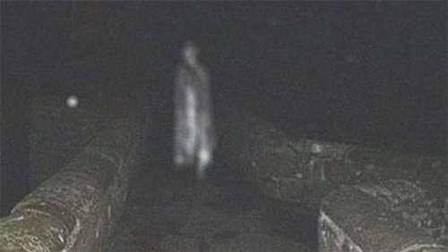 Топ-25: самые шокирующие фотографии призраков, от которых у вас поползут мурашки по коже