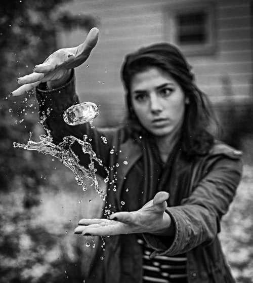 Волшебные брызги воды в фотографиях Kyle Re Creative (14 фото)