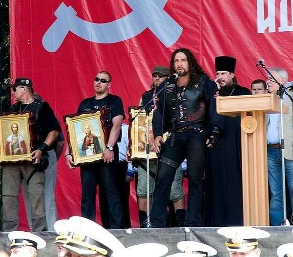 С божьей помощью: как наживаются на православии-16 фото-