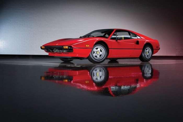 В США продали коллекцию Ferrari за $16,5 миллионов-15 фото-