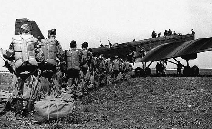 Воздушно-десантные войска СССР в период Великой Отечественной войны 1941 -1945 год-16 фото-