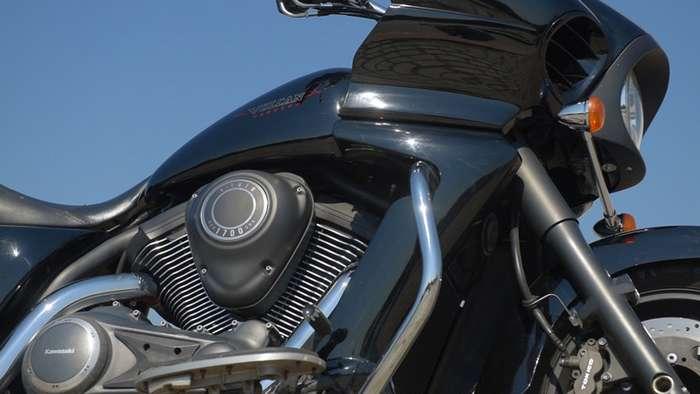 Автомобильная покрышка на мотоцикле, Kawasaki Vulcan VN 1700 Vaquero-6 фото + 1 видео-