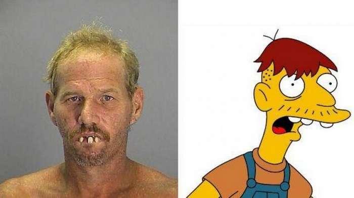 16 людей, поразительно похожих на персонажей -Симпсонов--17 фото-
