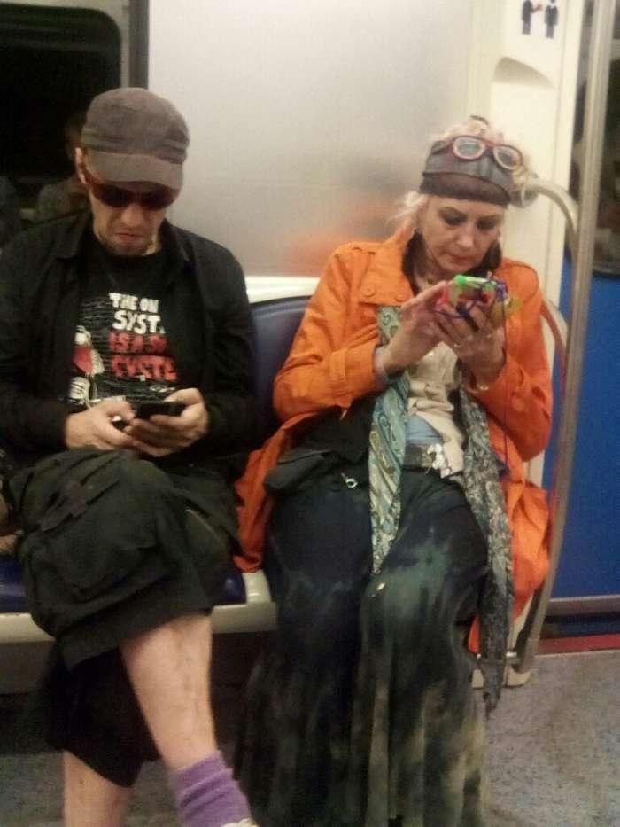 Мода российского метро: фрики из подземки. Возможно, ваши фото уже внутри!-29 фото-