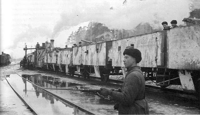 Железнодорожная война. Бронепоезда Великой Отечественной войны-31 фото-