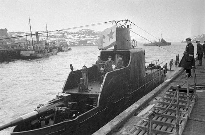 Подвиг -Сибирякова-: история расстрела советского ледокола немецким линкором-4 фото-