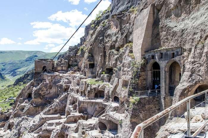 Пещерный комплекс Вардзиа-25 фото + 1 видео-