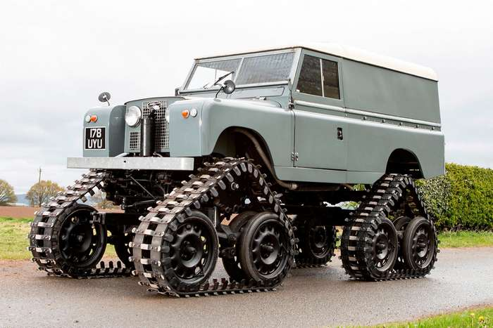 На аукцион в Великобритании выставят раритетный Land Rover 1958 года на гусеничном ходу-7 фото-