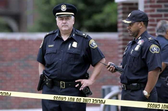 Произвол полиции США. Еще одна убитая американка-2 фото-