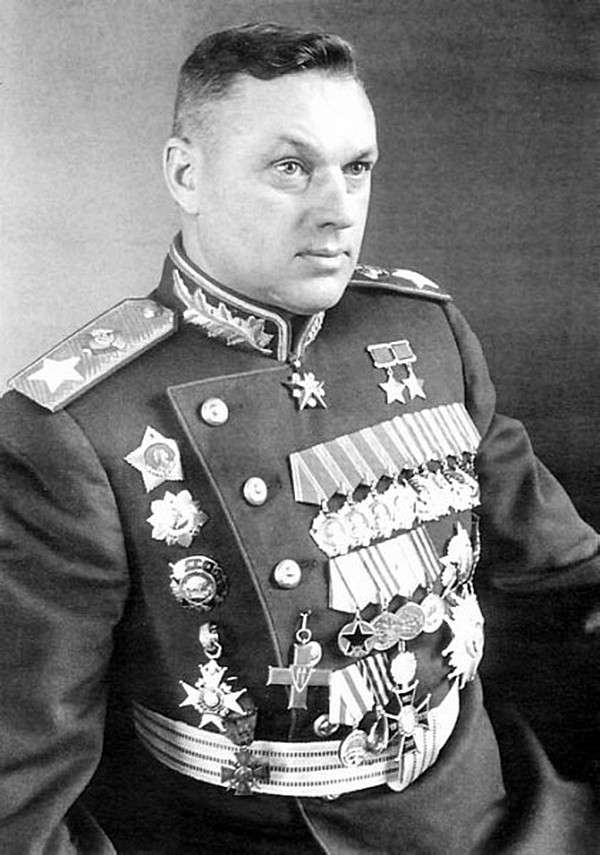 Маршалы Советского Союза. Маршалы Великой Отечественной войны-40 фото-