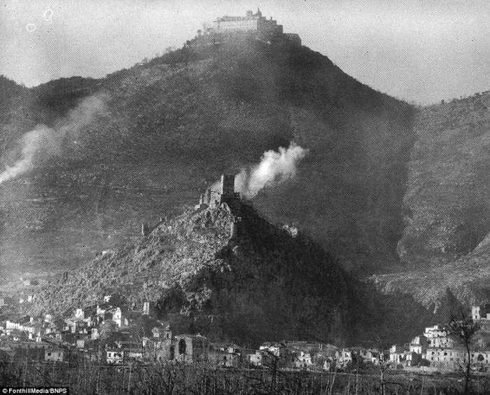 Фронтовая хроника Второй мировой: битва под Монте-Кассино-20 фото-