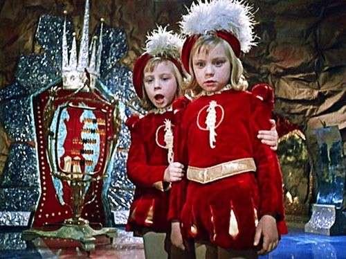 Чем обернулось для близняшек Юкиных путешествие в -Королевство кривых зеркал--5 фото-