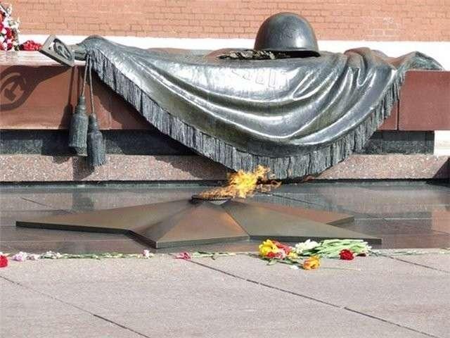 Подлинная история создания мемориала Могилы Hеизвестного Солдата и Вечного огня-13 фото-