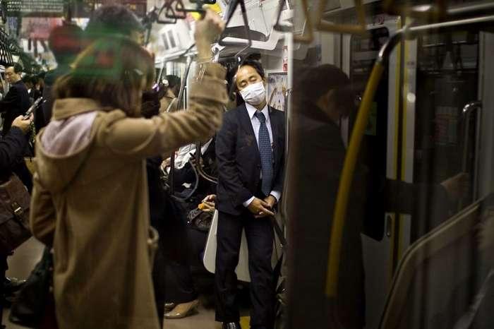 Трагикомическая жизнь японских -белых воротничков--26 фото-