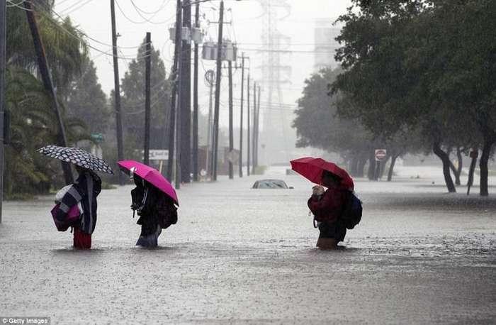 Наводнение в Хьюстоне: впечатляющие снимки до и после-16 фото + 11 тянучек + 1 видео-