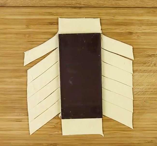Моментальный пирог с шоколадом-8 фото-