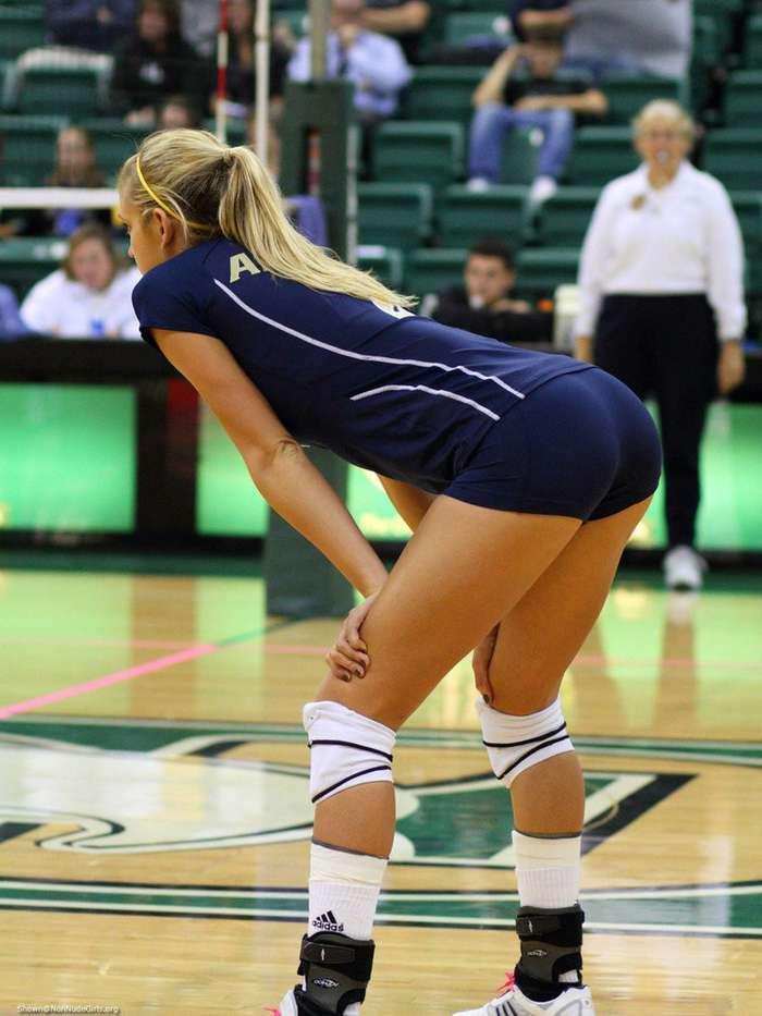 Прекрасный женский волейбол
