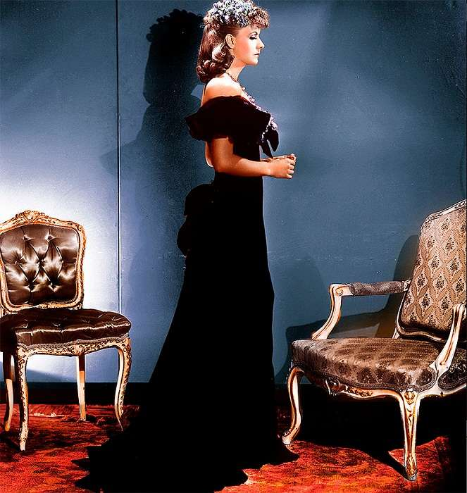 Культовые черные платья в кинематографе
