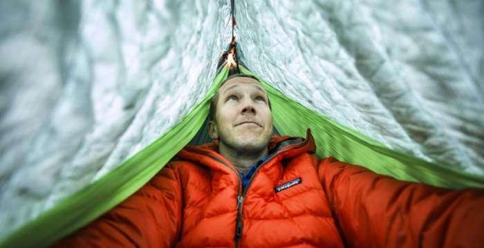 Shel - компактный гамак, который с легкостью заменит любую палатку