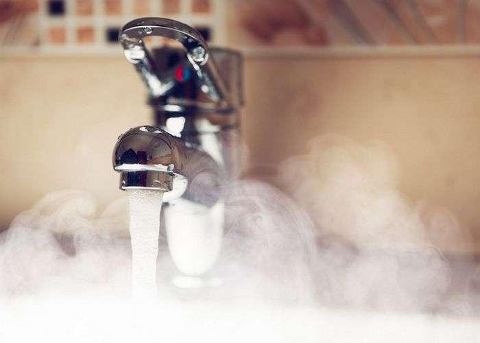 Будьте здоровы: 12 неожиданных фактов о пользе тёплой воды для здоровья человека