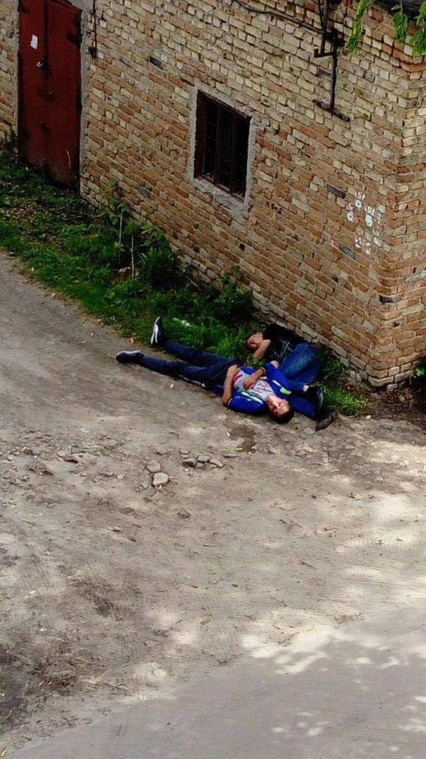 Убитые синей пулей (15 фото)