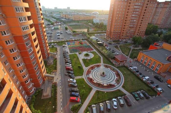 Павла Грудинина в Премьер-министры! Построил социализм в отдельном городе (27 фото)